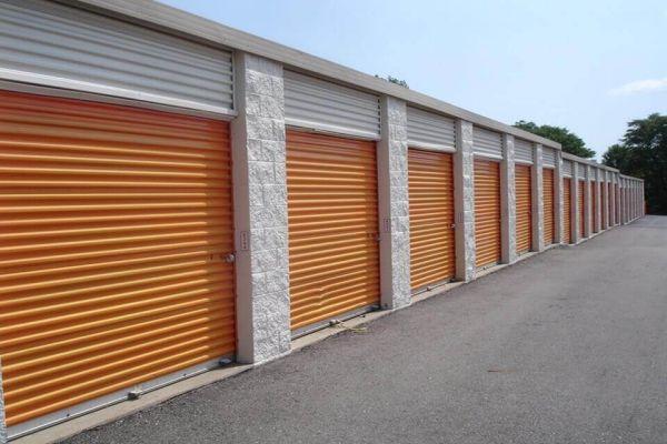 Public Storage - Shelby Township - 2100 W Utica Road 2100 W Utica Road Shelby Township, MI - Photo 1