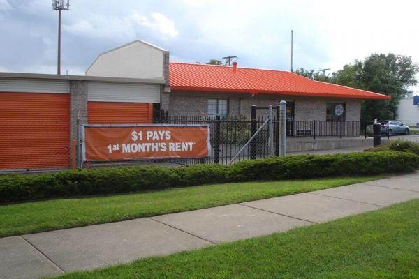 Public Storage - Shelby Township - 2100 W Utica Road 2100 W Utica Road Shelby Township, MI - Photo 0