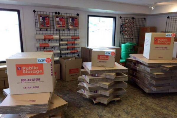 Public Storage - Livonia - 30300 Plymouth Road 30300 Plymouth Road Livonia, MI - Photo 2