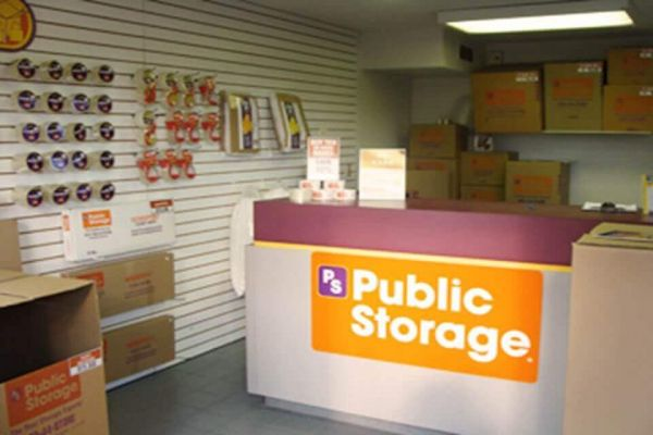 Public Storage - Livonia - 12900 Newburgh Road 12900 Newburgh Road Livonia, MI - Photo 2