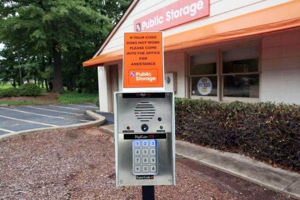 Public Storage - Matthews - 10833 Monroe Road 10833 Monroe Road Matthews, NC - Photo 4