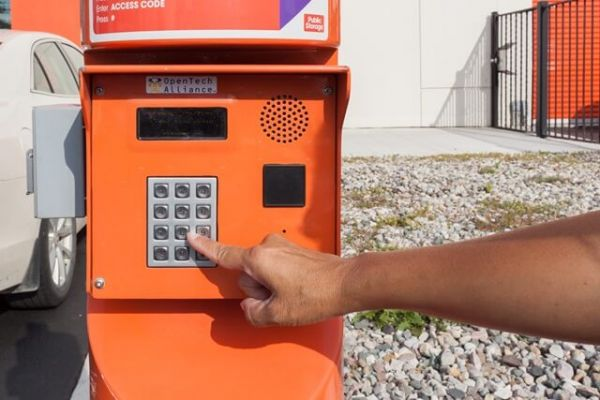 Public Storage - Troy - 1404 E Big Beaver Road 1404 E Big Beaver Road Troy, MI - Photo 4