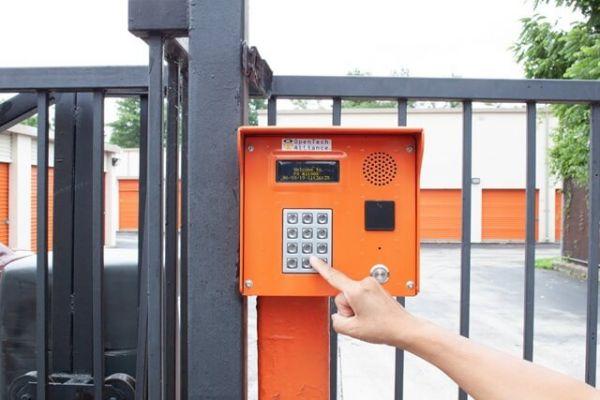 Public Storage - Philadelphia - 7571 Ridge Ave 7571 Ridge Ave Philadelphia, PA - Photo 4