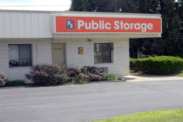 Public Storage - Columbus - 6750 Ambleside Drive 6750 Ambleside Drive Columbus, OH - Photo 0
