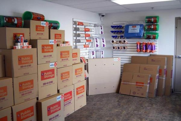 Public Storage - Peabody - 240 Newbury Street 240 Newbury Street Peabody, MA - Photo 2