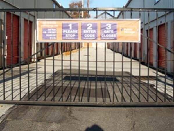 Public Storage - Upper Darby - 8401 Lansdowne Ave 8401 Lansdowne Ave Upper Darby, PA - Photo 3