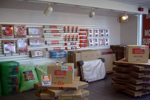 Public Storage - Oak Park - 20700 Greenfield Road 20700 Greenfield Road Oak Park, MI - Photo 2