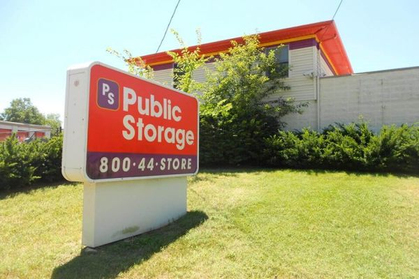 Public Storage - Louisville - 3120 Breckenridge Lane 3120 Breckenridge Lane Louisville, KY - Photo 0