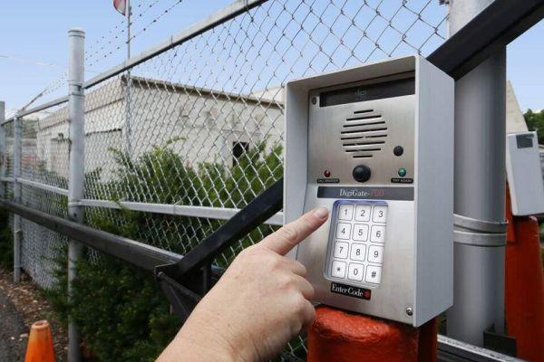 Public Storage - Philadelphia - 2700 Grant Ave 2700 Grant Ave Philadelphia, PA - Photo 4