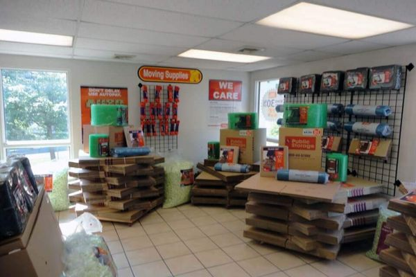 Public Storage - West Chester - 1138 W Chester Pike 1138 W Chester Pike West Chester, PA - Photo 2