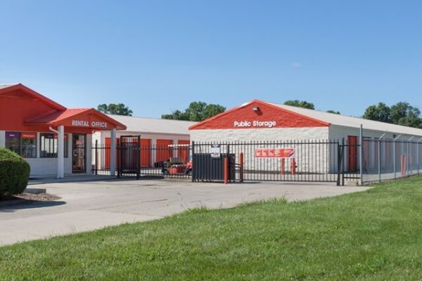 Public Storage - Fairfield - 5201 Dixie Highway 5201 Dixie Highway Fairfield, OH - Photo 0