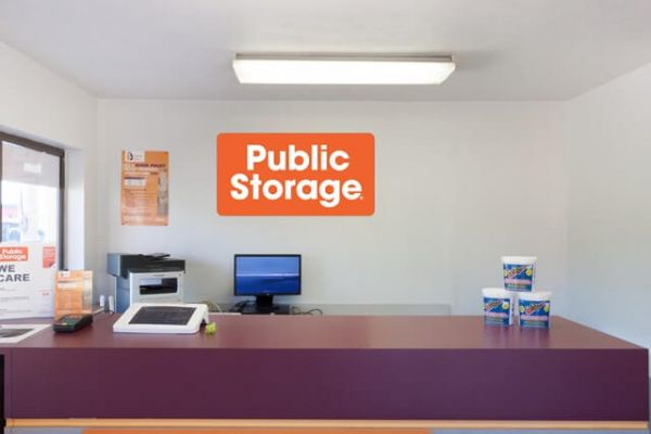 Public Storage - Fairfield - 5201 Dixie Highway 5201 Dixie Highway Fairfield, OH - Photo 2