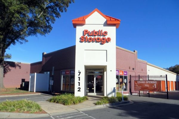 Public Storage - Charlotte - 7112 Albemarle Rd 7112 Albemarle Rd Charlotte, NC - Photo 0
