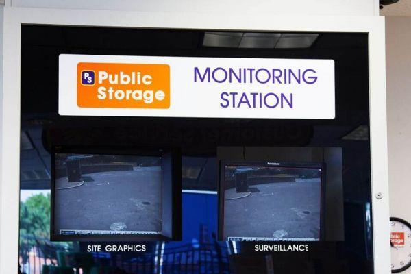 Public Storage - Long Island City - 4102 Northern Blvd 4102 Northern Blvd Long Island City, NY - Photo 3