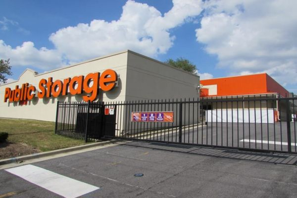 Public Storage - Hyattsville - 5556 Tuxedo Rd 5556 Tuxedo Rd Hyattsville, MD - Photo 3