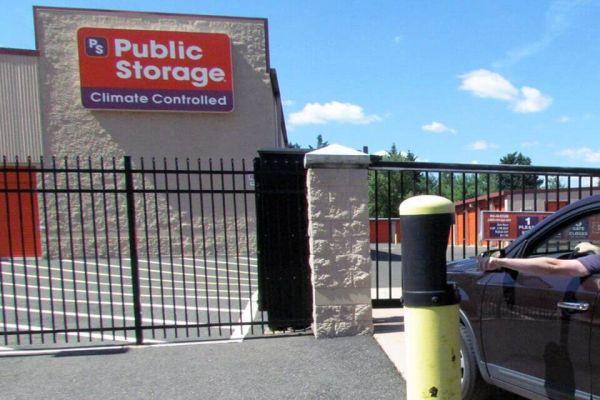 Public Storage - Voorhees - 612 Haddonfield Berlin Road 612 Haddonfield Berlin Road Voorhees, NJ - Photo 4