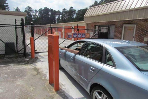 Public Storage - Morrisville - 9907 Chapel Hill Road 9907 Chapel Hill Road Morrisville, NC - Photo 4