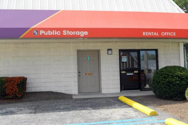 Public Storage - Fairfield - 7353 Dixie Highway 7353 Dixie Highway Fairfield, OH - Photo 0