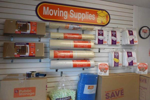 Public Storage - Fairfield - 7353 Dixie Highway 7353 Dixie Highway Fairfield, OH - Photo 2