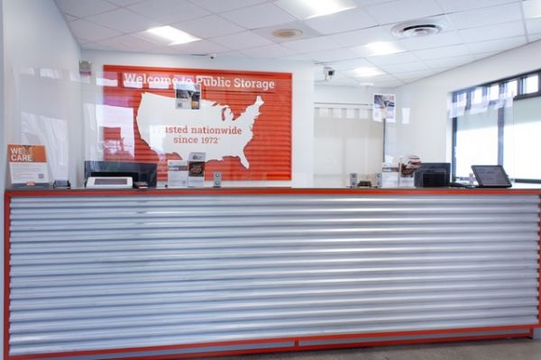 Public Storage - Hempstead - 285 Peninsula Blvd 285 Peninsula Blvd Hempstead, NY - Photo 2