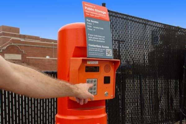 Public Storage - Hempstead - 285 Peninsula Blvd 285 Peninsula Blvd Hempstead, NY - Photo 4