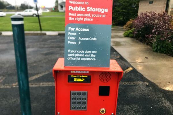 Public Storage - North Tonawanda - 3420 Niagara Falls Blvd 3420 Niagara Falls Blvd North Tonawanda, NY - Photo 4