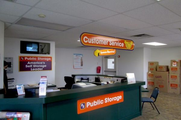Public Storage - North Tonawanda - 3420 Niagara Falls Blvd 3420 Niagara Falls Blvd North Tonawanda, NY - Photo 2