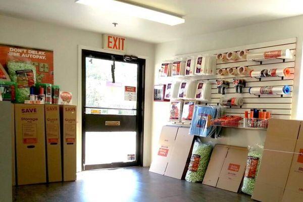 Public Storage - Staten Island - 275 Veterans Road W 275 Veterans Road W Staten Island, NY - Photo 2