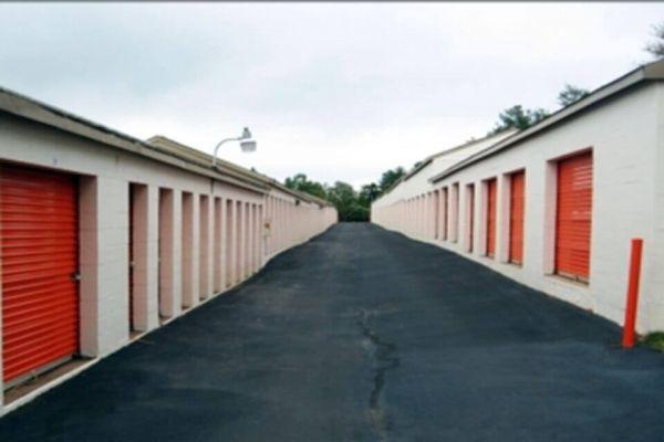 Public Storage - Spartanburg - 625 West Blackstock Road 625 West Blackstock Road Spartanburg, SC - Photo 1