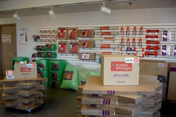 Public Storage - Roseville - 30340 Gratiot Ave 30340 Gratiot Ave Roseville, MI - Photo 2