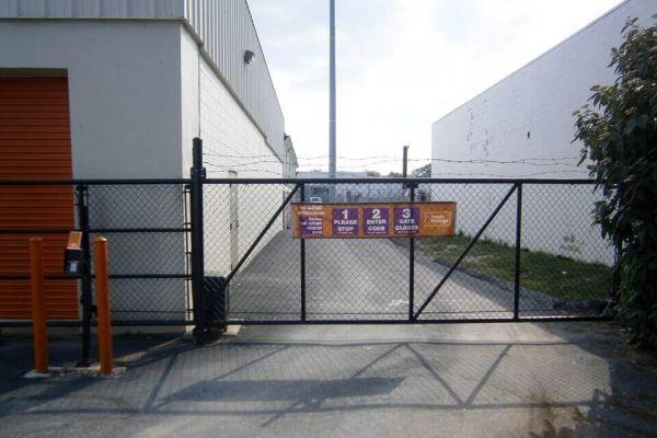 Public Storage - Owings Mills - 9720 Reisterstown Road 9720 Reisterstown Road Owings Mills, MD - Photo 3