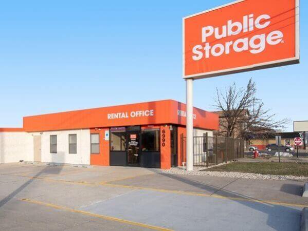 Public Storage - Burbank - 6990 W 79th Street 6990 W 79th Street Burbank, IL - Photo 0