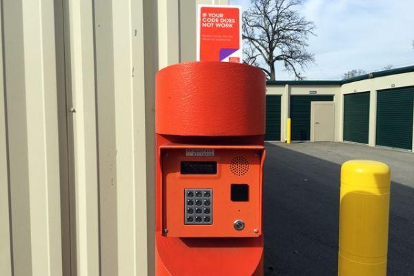 Public Storage - Louisville - 3818 Bardstown Rd 3818 Bardstown Rd Louisville, KY - Photo 4