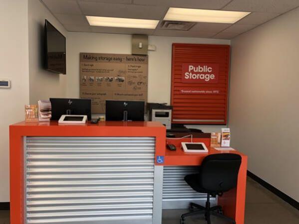 Public Storage - Clarksville - 1012 Applegate Lane 1012 Applegate Lane Clarksville, IN - Photo 2