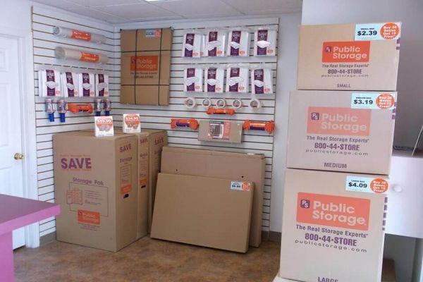 Public Storage - Mission - 6560 Foxridge Drive 6560 Foxridge Drive Mission, KS - Photo 2