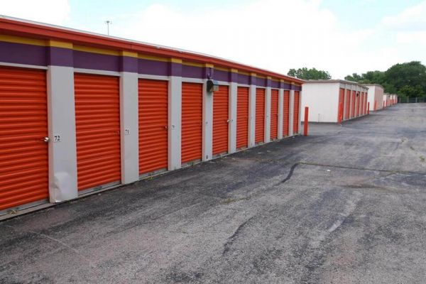 Public Storage - Mission - 6560 Foxridge Drive 6560 Foxridge Drive Mission, KS - Photo 1