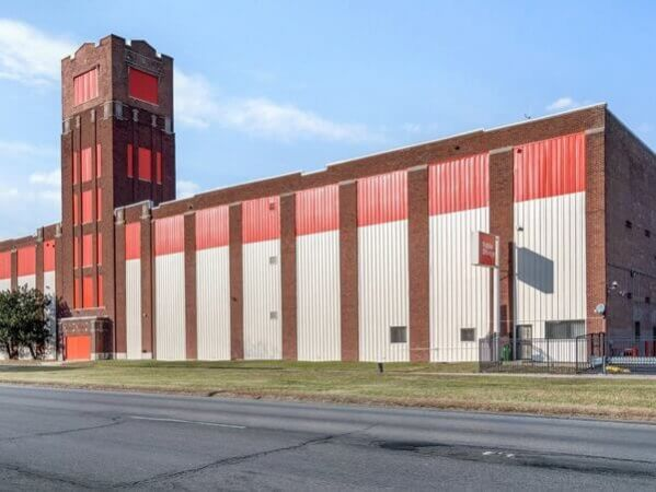 Public Storage - Chicago - 4520 West Cermak Road 4520 West Cermak Road Chicago, IL - Photo 0