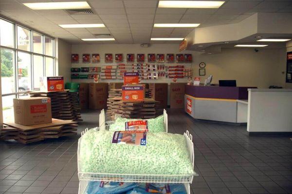 Public Storage - Memphis - 4910 Poplar Ave 4910 Poplar Ave Memphis, TN - Photo 2
