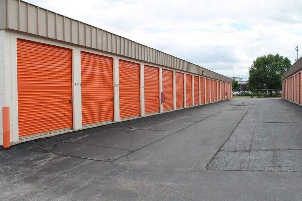 Public Storage - West Allis - 11122 W Lincoln Ave 11122 W Lincoln Ave West Allis, WI - Photo 5