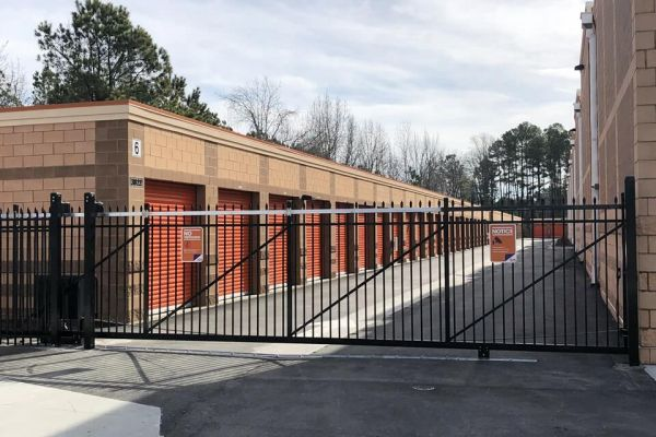 Public Storage - Cary - 3828 NC 55 Hwy 3828 NC 55 Hwy Cary, NC - Photo 3