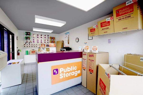 Public Storage - Rolling Meadows - 2401 Lois Drive 2401 Lois Drive Rolling Meadows, IL - Photo 2