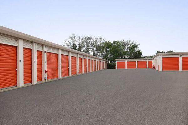 Public Storage - Rolling Meadows - 2401 Lois Drive 2401 Lois Drive Rolling Meadows, IL - Photo 1