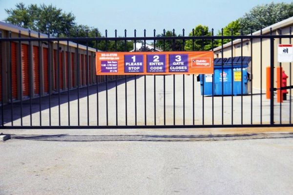 Public Storage - Hilliard - 2221 Hilliard Rome Rd 2221 Hilliard Rome Rd Hilliard, OH - Photo 3