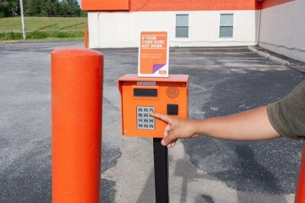 Public Storage - Florissant - 11575 New Halls Ferry Road 11575 New Halls Ferry Road Florissant, MO - Photo 4