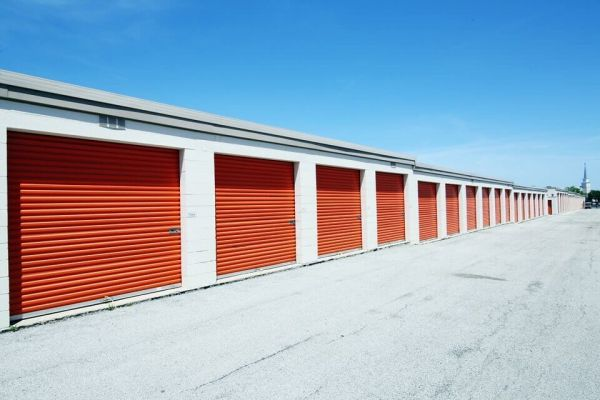 Public Storage - Rolling Meadows - 945 Rohlwing Road 945 Rohlwing Road Rolling Meadows, IL - Photo 1