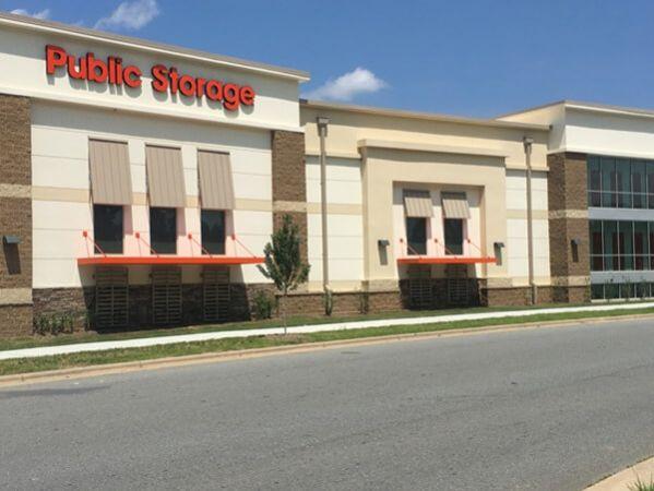 Public Storage - Huntersville - 10219 Bryton Corporate Center Dr 10219 Bryton Corporate Center Dr Huntersville, NC - Photo 0