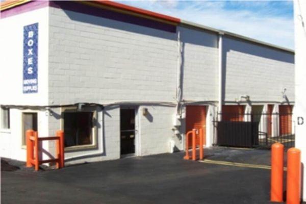 Public Storage - Nashville - 450 McNally Drive