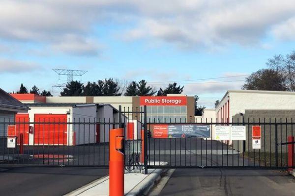 Public Storage - Stillwater - 5710 Memorial Ave N 5710 Memorial Ave N Stillwater, MN - Photo 3