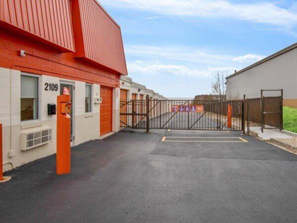 Public Storage - Lisle - 2109 Ogden Ave 2109 Ogden Ave Lisle, IL - Photo 3