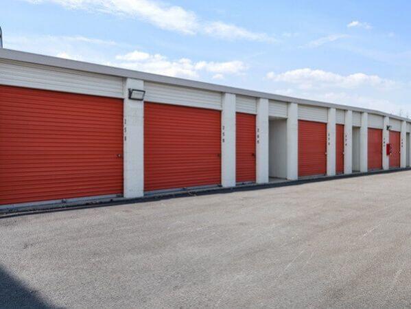 Public Storage - Carol Stream - 440 E Saint Charles Rd 440 E Saint Charles Rd Carol Stream, IL - Photo 1